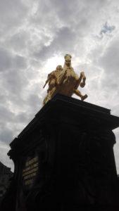 dresden-statue-3