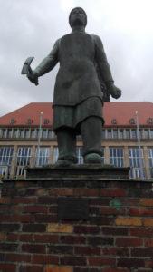 dresden-statue2